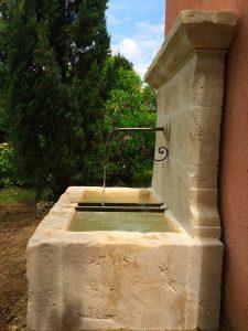 entretien fontaine -Paysagiste-Bedoin-Le-Barroux-Mallemort-du-comtat-Villes-sur-Auzon-Mormoiron-Beaumes-de-Venise-Carpentras-Vaucluse-pres-du-mont-ventoux