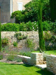 Terrassement-Sarl-Olivieri-pour-les-jardins-Paysagiste-Bedoin---Le-Barroux---Mallemort-du-comtat---Villes-sur-Auzon---Mormoiron---Beaumes-de-Venise---Carpentras---Vaucluse---pres-du-mont-ventoux