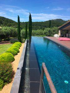 superbe-jardin professionnel pour-les-jardins-Paysagiste-Bedoin---Le-Barroux---Mallemort-du-comtat---Villes-sur-Auzon-Mormoiron-a Beaumes-de-Venise-Carpentras-Vaucluse-pres-du-mont-ventoux